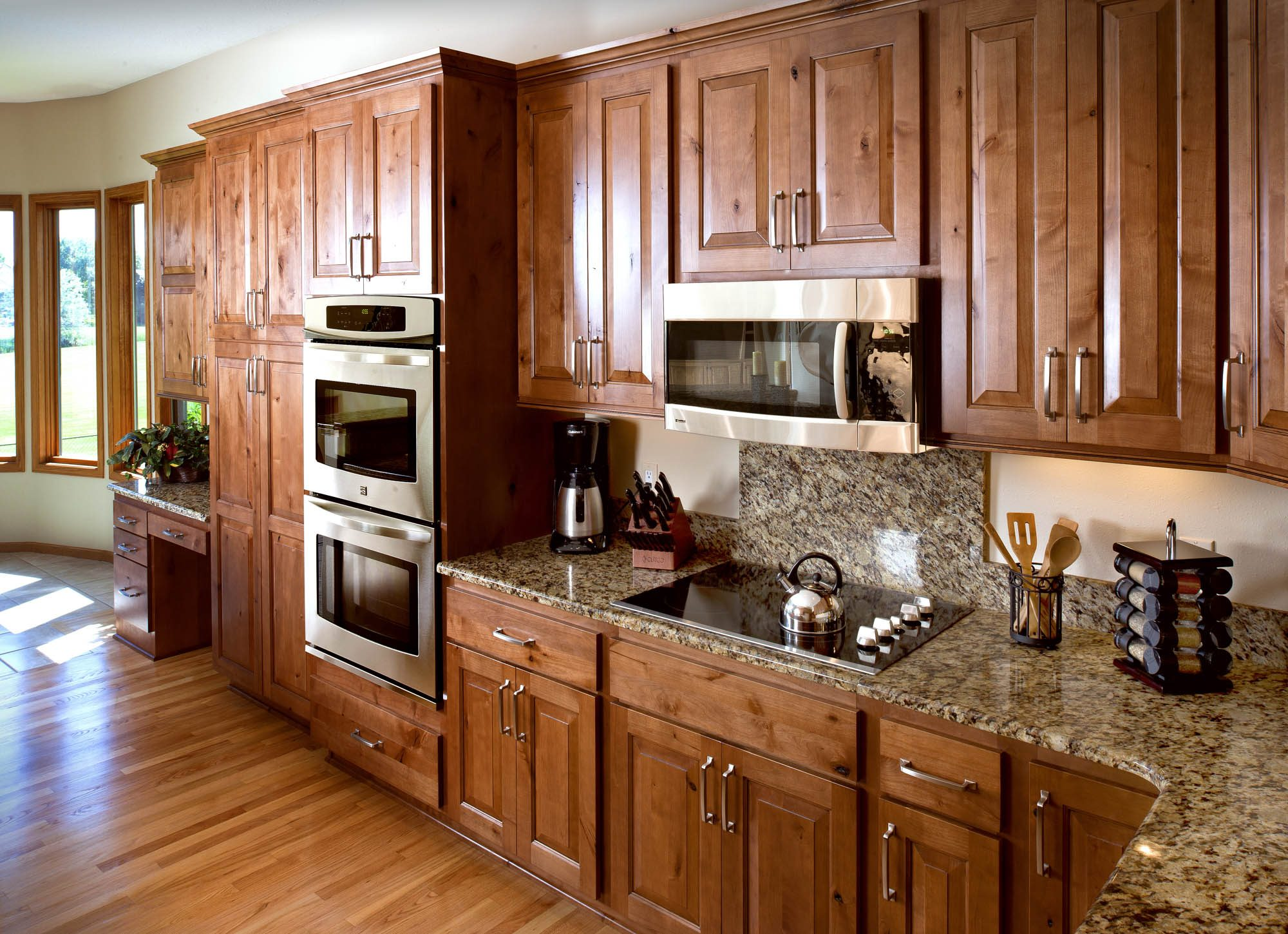 Renew | Stained Kitchen Cabinets In Nutmeg With Ebony Glaze By Showplace  Cabinetry   View 2